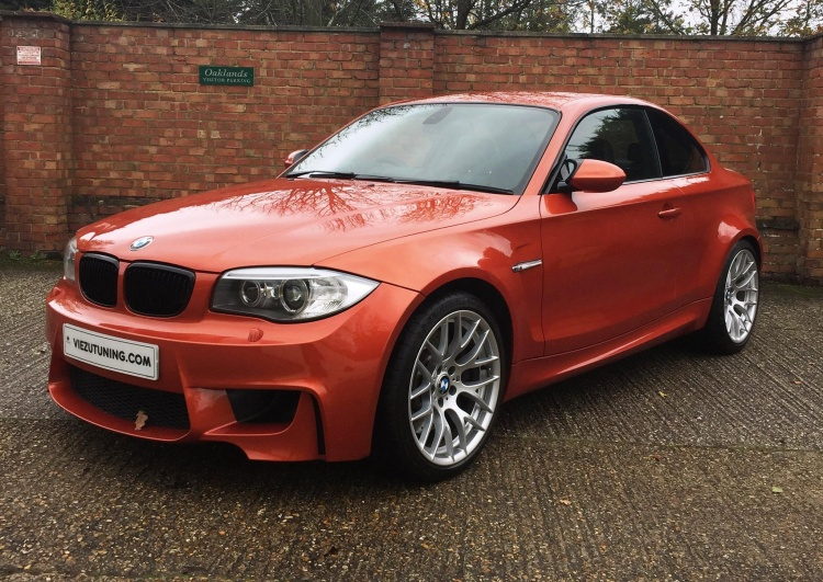 BMW 1M by Viezu Berkshire